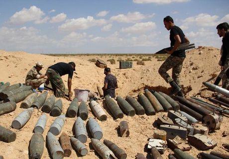 Muc kich quan doi Libya giao tranh ac liet phien quan IS - Anh 2