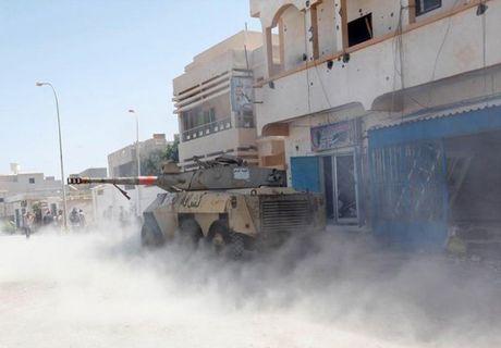 Muc kich quan doi Libya giao tranh ac liet phien quan IS - Anh 3