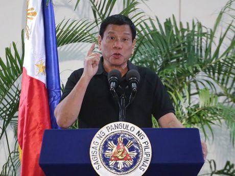 Tong thong Philippines tiep tuc da kich My, EU - Anh 1