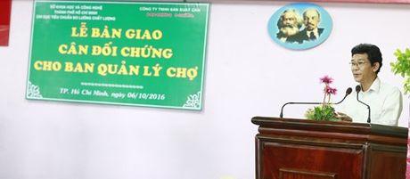 So KHCN TP.HCM ban giao can doi chung cho cac cho - Anh 1