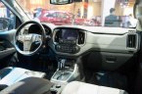 Chevrolet ra mat Colorado 2017, bo sung cong nghe, 5 phien ban, gia tu 619 trieu - Anh 17