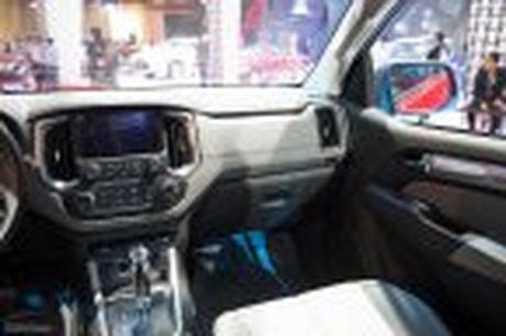 Chevrolet ra mat Colorado 2017, bo sung cong nghe, 5 phien ban, gia tu 619 trieu - Anh 21