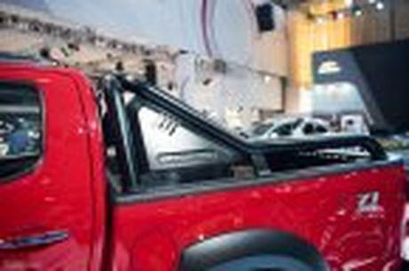Chevrolet ra mat Colorado 2017, bo sung cong nghe, 5 phien ban, gia tu 619 trieu - Anh 24