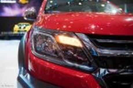 Chevrolet ra mat Colorado 2017, bo sung cong nghe, 5 phien ban, gia tu 619 trieu - Anh 30