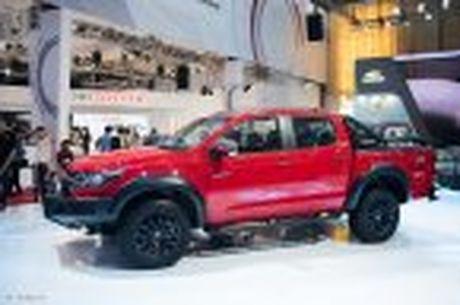 Chevrolet ra mat Colorado 2017, bo sung cong nghe, 5 phien ban, gia tu 619 trieu - Anh 2