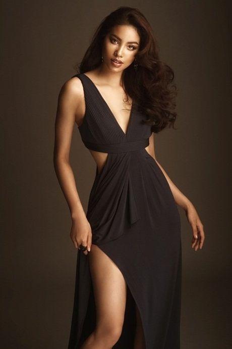Hoa hau Pham Huong bat ngo tao hinh sexy - Anh 2