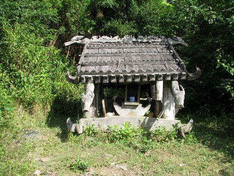 Hoang phe nha mo Co Tu - Anh 1