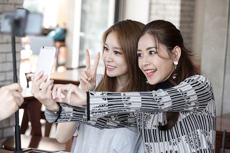Ji Yeon muon dong phim Viet Nam cung Chi Pu - Anh 9