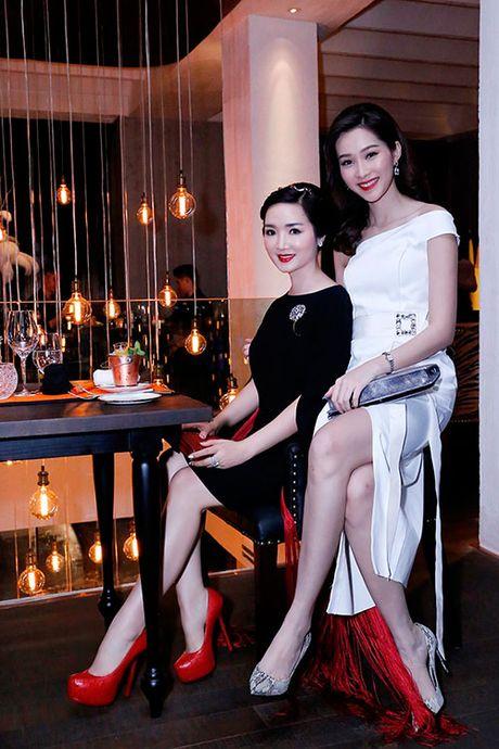 Hoa hau Giang My dep kieu sa do sac cung Dang Thu Thao - Anh 2
