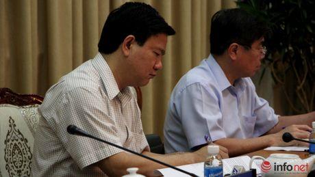 Lanh dao TP.HCM dong loat de nghi Trung uong uy quyen nhieu hon - Anh 2