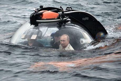 Tong thong Putin don sinh nhat lan thu 64 ra sao? - Anh 5