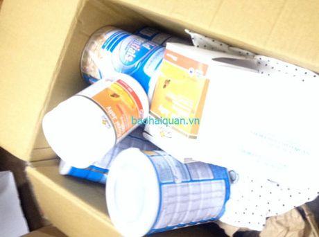 Lô sữa, thực phẩm chức năng vi phạm: DN không xuất trình được giấy tờ hợp pháp