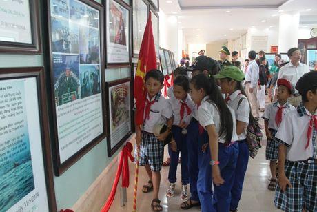 Quang Tri: Trien lam luu dong Hoang Sa, Truong Sa cua Viet Nam - Anh 2