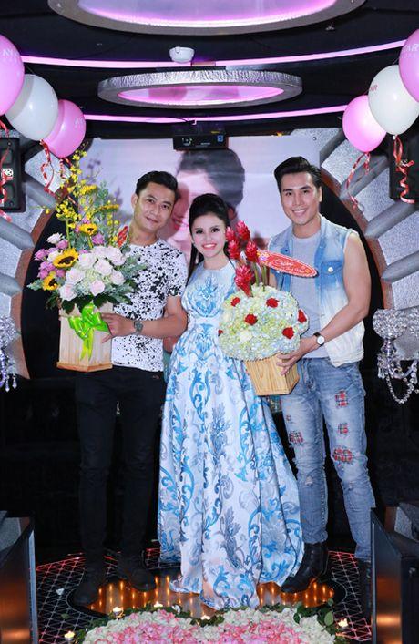 Sao Viet hoi ngo mung sinh nhat Janny Thuy Tran - Anh 5
