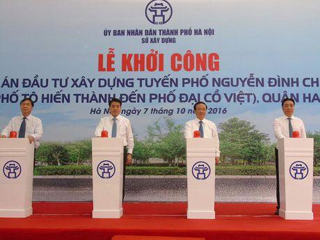 Ha Noi: Keo dai tuyen pho Nguyen Dinh Chieu den Dai Co Viet - Anh 1