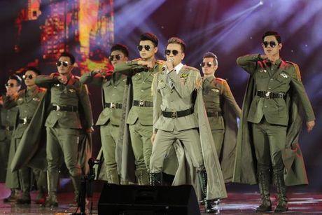 Dam Vinh Hung: 'Ong vua' khong ngai chang ai co the soan ngoi - Anh 5