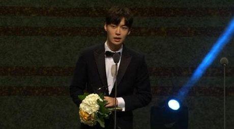 Korea Drama Awards: 'Hau due cua mat troi' gianh giai 'Phim hay nhat' - Anh 5