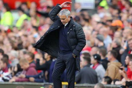 "Herrera: ""Nhung su chi trich khong anh huong toi Mourinho"" - Anh 1"