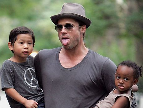Brad Pitt da duoc gap cac con - Anh 1