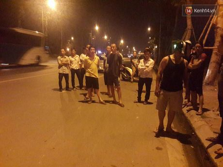Ha Noi: Giay phut bat song nam thanh nien 19 tuoi cua co lai xe taxi trong dem - Anh 3