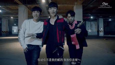 Nhay dinh, dep trai, Lay (EXO) hop hon fan tu dau den cuoi MV solo - Anh 3