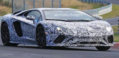 Lamborghini Aventador 2018 lo dien tren duong thu - Anh 1