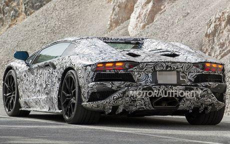Lamborghini Aventador 2018 lo dien tren duong thu - Anh 4