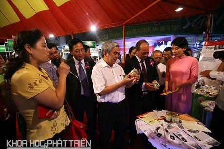Hon 150 doanh nghiep trung bay san pham ve thuc pham - nong san sach - Anh 2