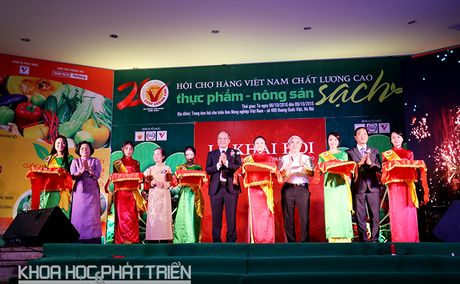 Hon 150 doanh nghiep trung bay san pham ve thuc pham - nong san sach - Anh 3