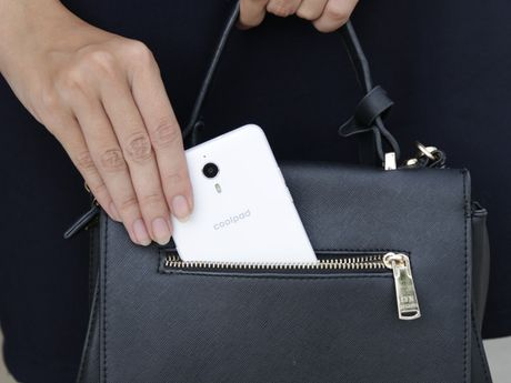 Coolpad Roar 3 va Roar Plus: bo doi smartphone gia tot cho sinh vien - Anh 8