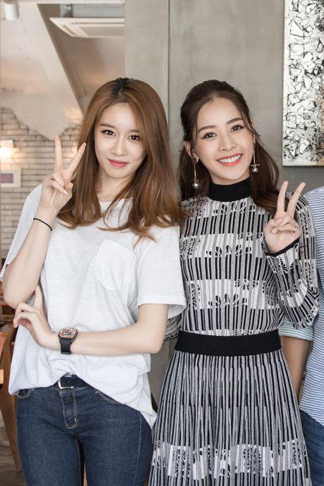 Chi Pu ru Ji-yeon (T-ara) livestream hen ho fan - Anh 11