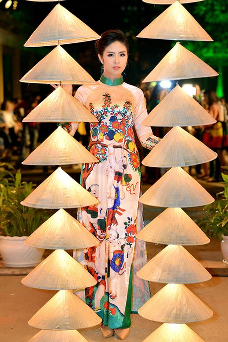 Hoa hau Ngoc Han lan dau dem thiet ke den 'Festival ao dai Ha Noi' - Anh 10