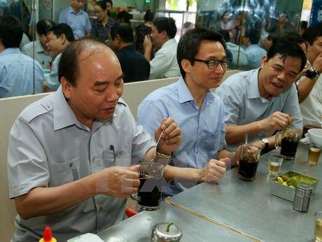 Thu tuong bat ngo lam thuc khach tai quan an duong pho o TP.HCM - Anh 3