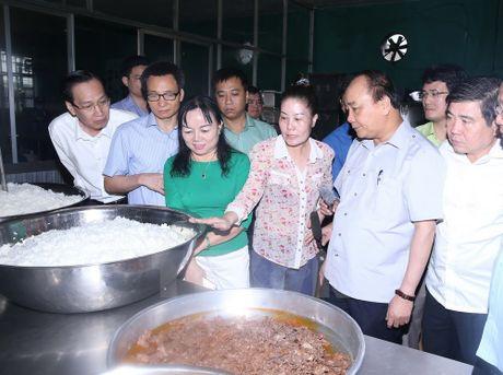 Thu tuong bat ngo lam thuc khach tai quan an duong pho o TP.HCM - Anh 7