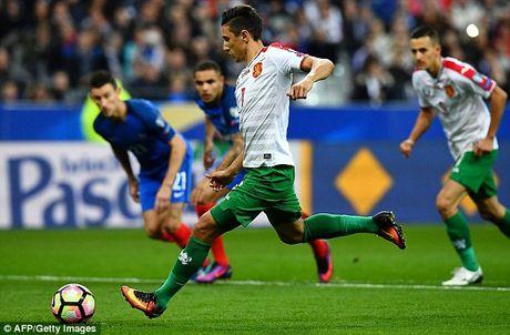 Cap tien dao Atletico ruc sang, Phap thang tran dau tien tai vong loai World Cup 2018 - Anh 2