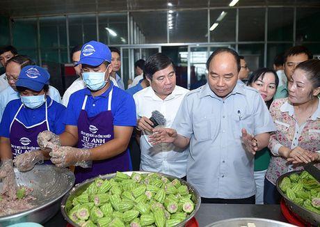 "Thu tuong ""vi hanh"", an pho, uong ca phe o TP HCM - Anh 1"