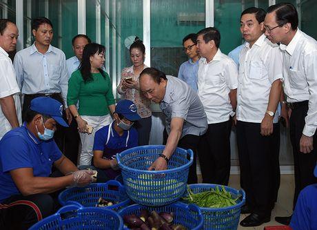 "Thu tuong ""vi hanh"", an pho, uong ca phe o TP HCM - Anh 2"