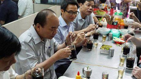 "Thu tuong ""vi hanh"", an pho, uong ca phe o TP HCM - Anh 4"