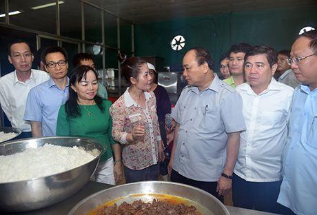 "Thu tuong ""vi hanh"", an pho, uong ca phe o TP HCM - Anh 5"