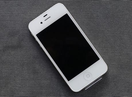 iPhone 4s 8GB chua kich hoat tran ve Viet Nam voi gia 3,2 trieu - Anh 5