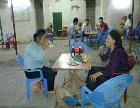 Nhung cu ba Viet Nam sanh dieu dang sot ran ran tren mang xa hoi - Anh 10