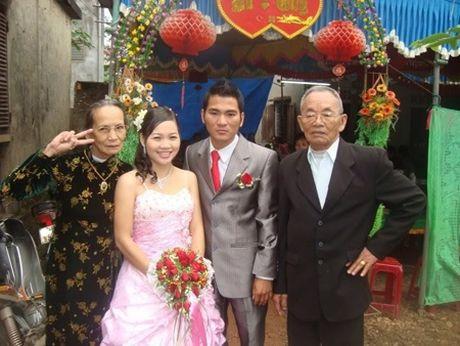 Nhung cu ba Viet Nam sanh dieu dang sot ran ran tren mang xa hoi - Anh 5