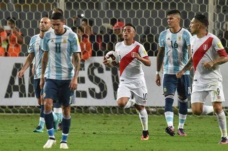 Vang Messi, Argentina chi thang 1: Nguy co mat World Cup - Anh 1