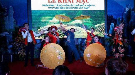 Khai mac 'Le hoi ban sac, qua khu va hien tai cac vung mien Que huong Viet Nam' - Anh 7