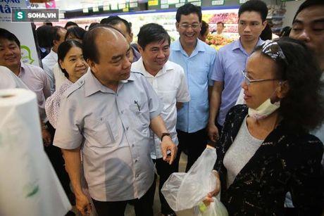 Thu tuong khong nhan 'qua bieu' cua chu tiem cha gio - Anh 15