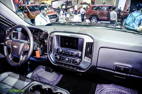 Chi tiet 'khung long' Chevrolet Silverado tai VMS 2016 - Anh 9