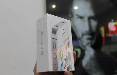 iPhone 4s nguyen seal ve Viet Nam gia 3,2 trieu dong - Anh 2