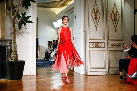 Chanel bi 'out' khoi Top cac BST xuat sac nhat tai Tuan le thoi trang Paris - Anh 10