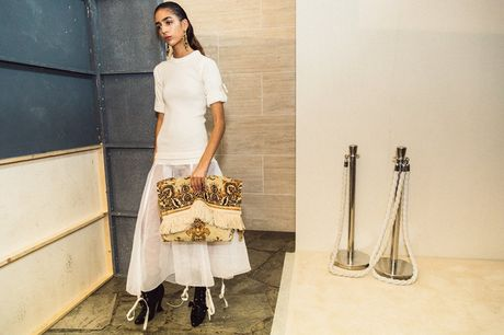 Chanel bi 'out' khoi Top cac BST xuat sac nhat tai Tuan le thoi trang Paris - Anh 16