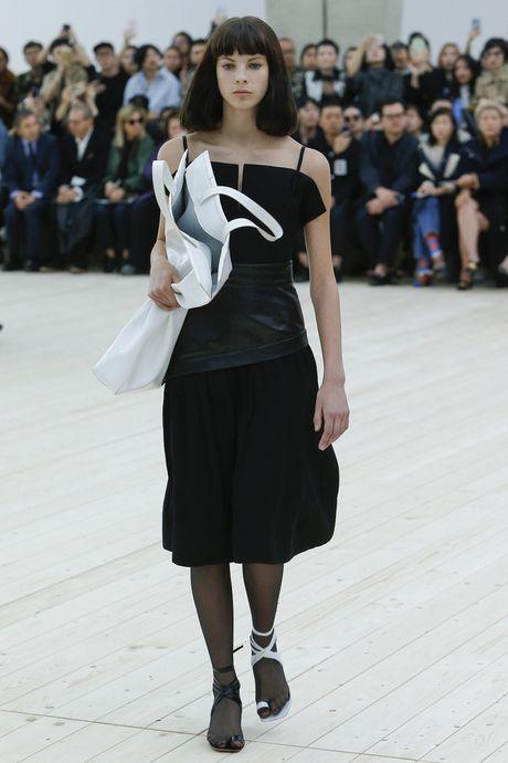 Chanel bi 'out' khoi Top cac BST xuat sac nhat tai Tuan le thoi trang Paris - Anh 22